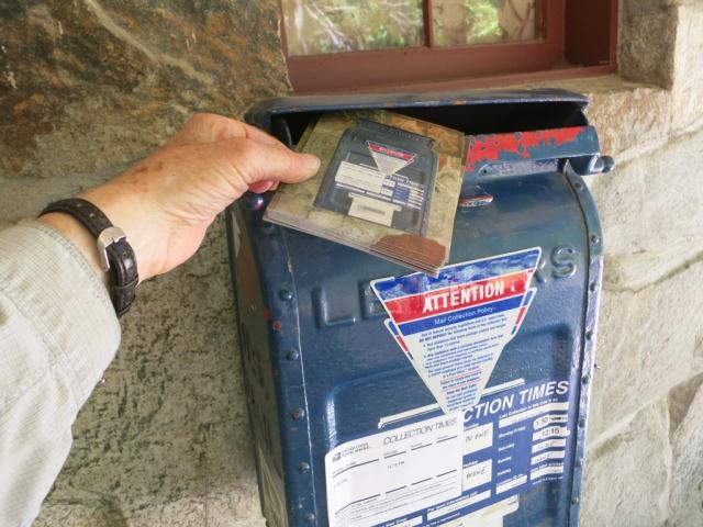 Mailbox 31B Defacto Lane